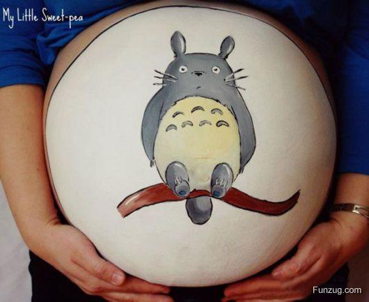 Nice Tattoos on Pregnant Women