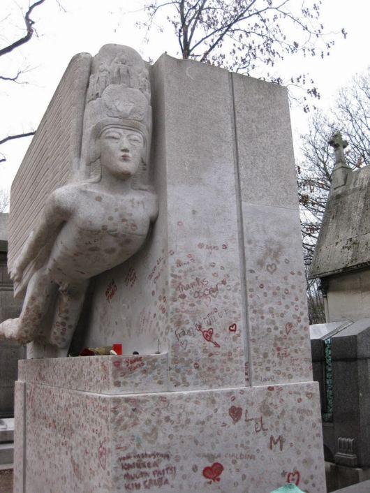 Oscar Wilde's Tomb Marked With Lipstics
