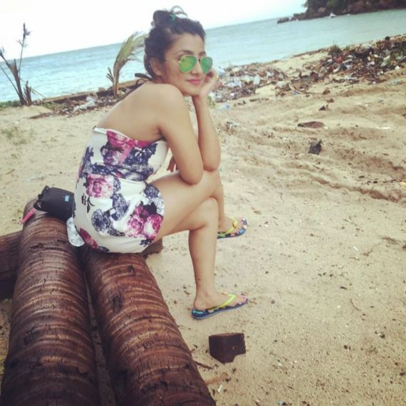 Balika Vadhu Actress Neha Marda Spotted On Vacation