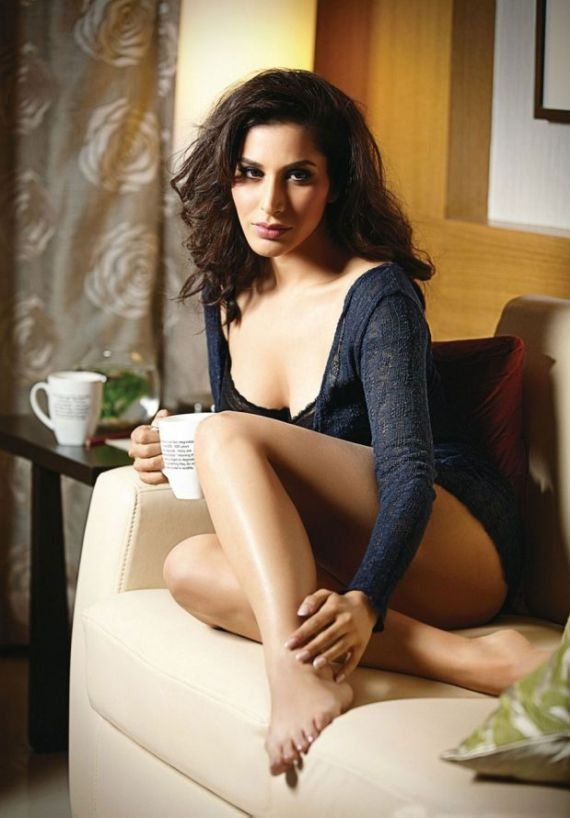 Sophie Choudry Photoshoot For Mandate