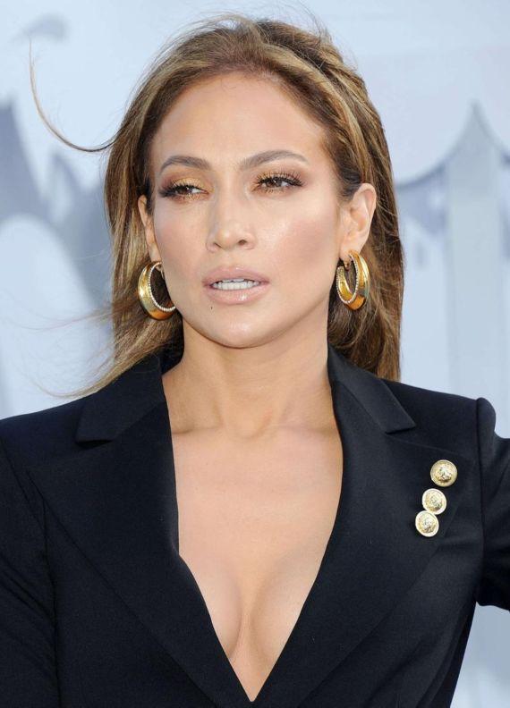 Jennifer Lopez At 2015 MTV Movie Awards
