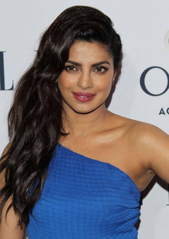 Priyanka Chopra ELLEs Annual Women In TV Celebs