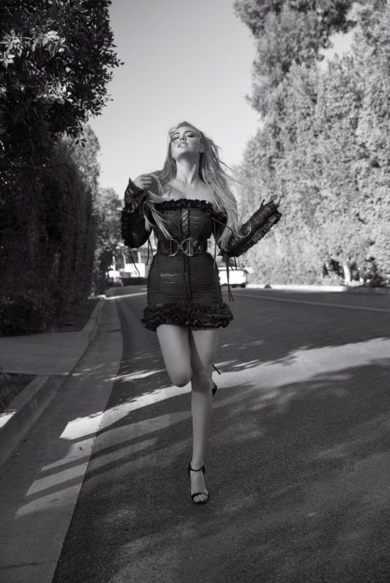 Kate Upton For V Magazine Photoshoot Spring 2016