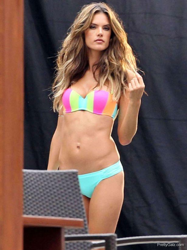 Alessandra Ambrosio On A Vacation In Miami